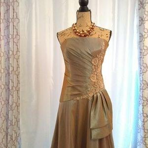 Montage by Mon Cheri Dresses - Montage by Mon Cheri Gown style 26920 sz 12
